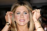 1601460056_dzenifer-aniston.jpg