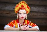 depositphotos_43913947-stock-photo-russian-girl-in-a-kokoshnik.jpg