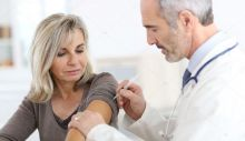 depositphotos_36648713-stock-photo-doctor-injecting-vaccine.jpg