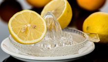 1618411850_lemon-squeezer-609273_640.jpg